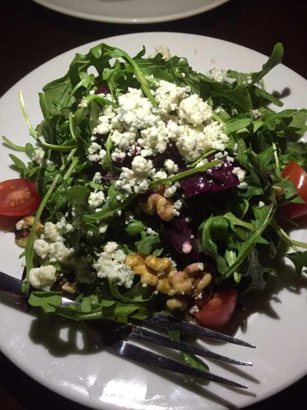 nia-arugala-salad